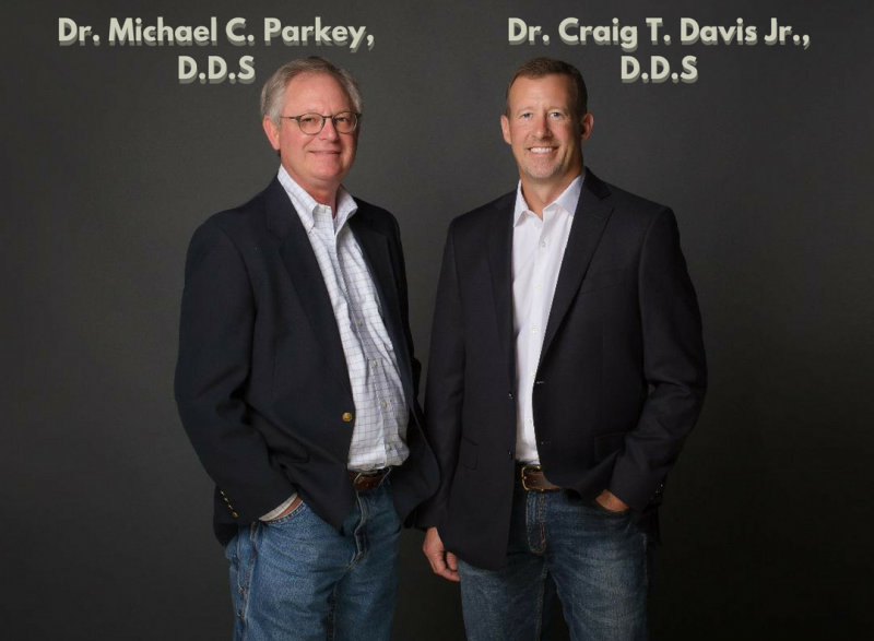 Image of Dr. Parkey and Dr. Davis